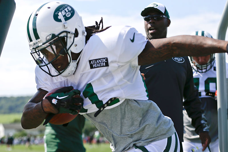 Stem cell treatment used by Chris Johnson, hundreds of NFL