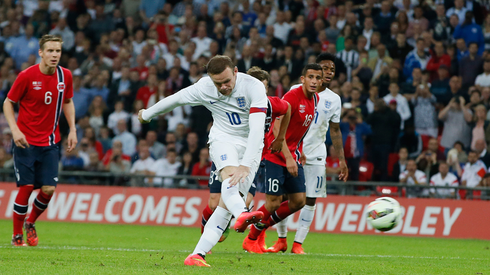 Wayne Rooney converts his penalty kick to account for the scoring in England's 1-0 win over Norway on Wednesday.