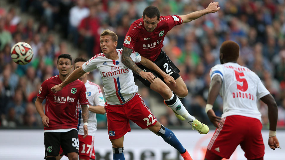 Leaon Andreasen scored the opening goal in Hannover's 2-0 win over Hamburg in the Bundesliga on Sunday.