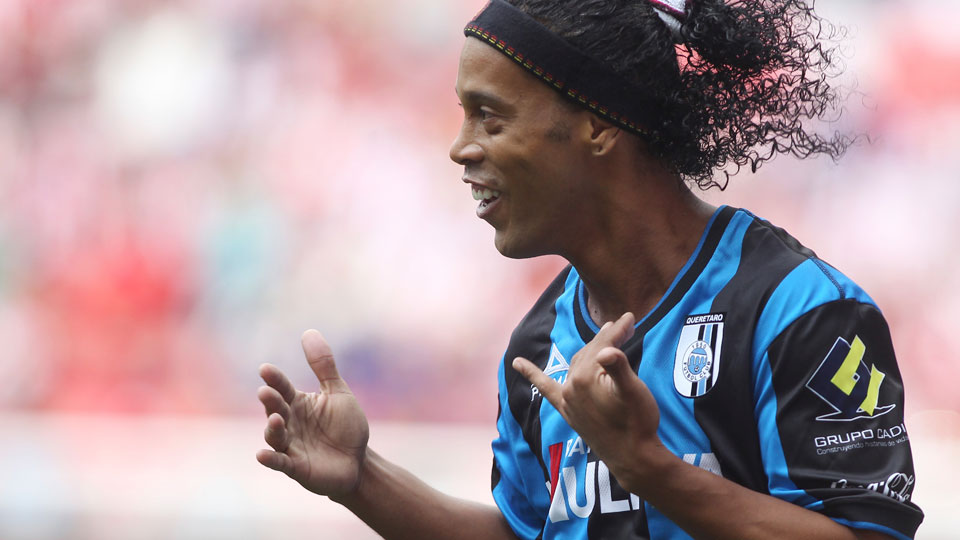 Ronaldinho scored his first Liga MX goal for Queretaro in a match against Chivas over the weekend.