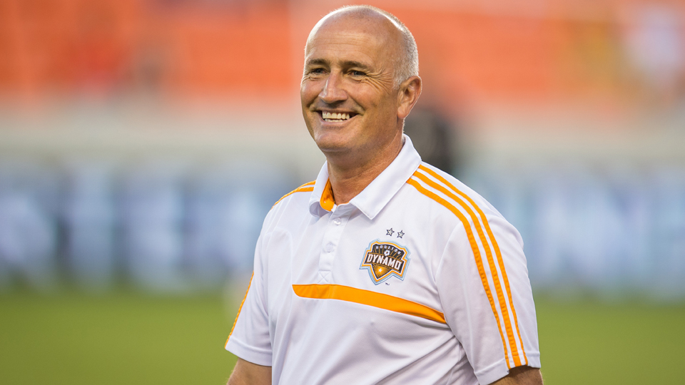 Dominic Kinnear is leaving the Houston Dynamo to return to San Jose and coach the Earthquakes next season.