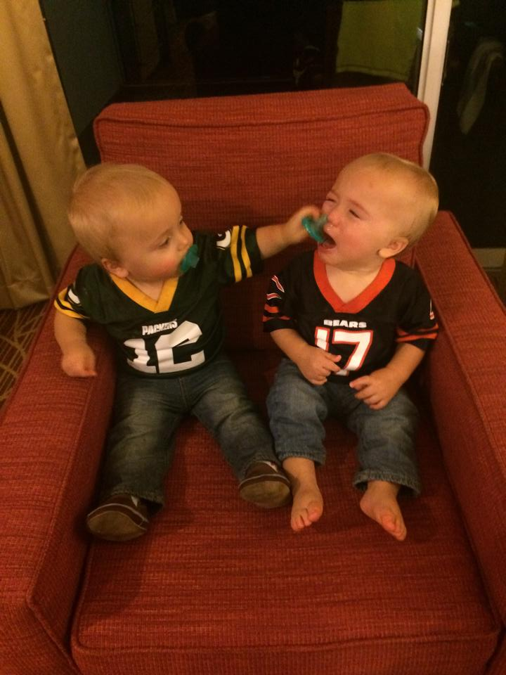 Green Bay Packers Vs Chicago Bears Crying Twin Babies