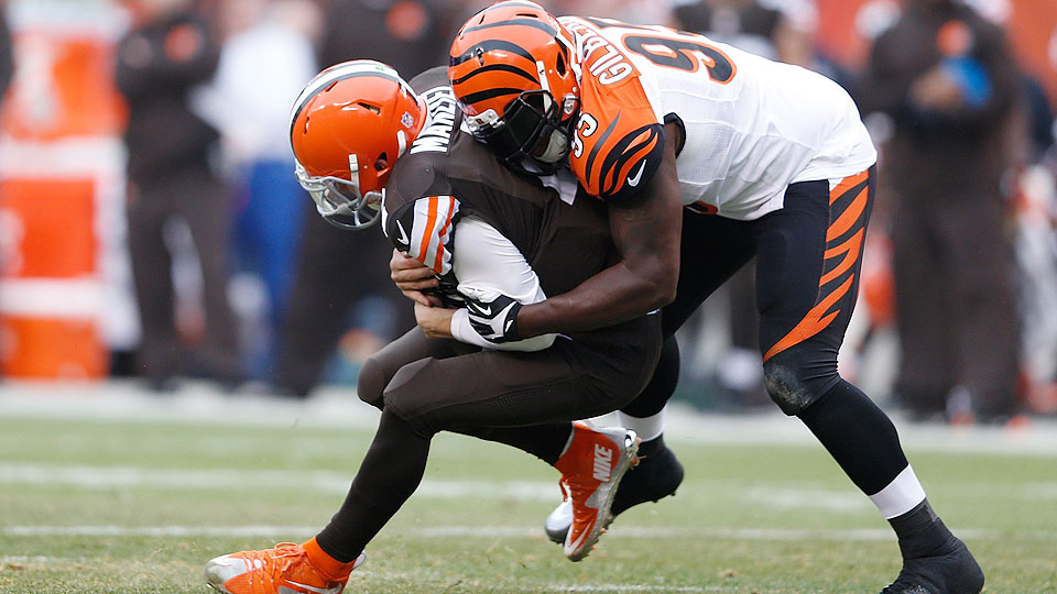 NFL Week 15: Johnny Manziel struggles in first start, Bills upset Packers