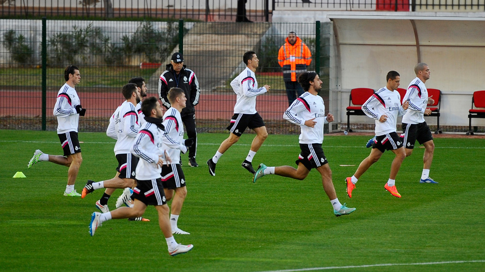 Real Madrid players train in Morocco ahead of the FIFA Club World Cup semifinals against Mexico's Cruz Azul.