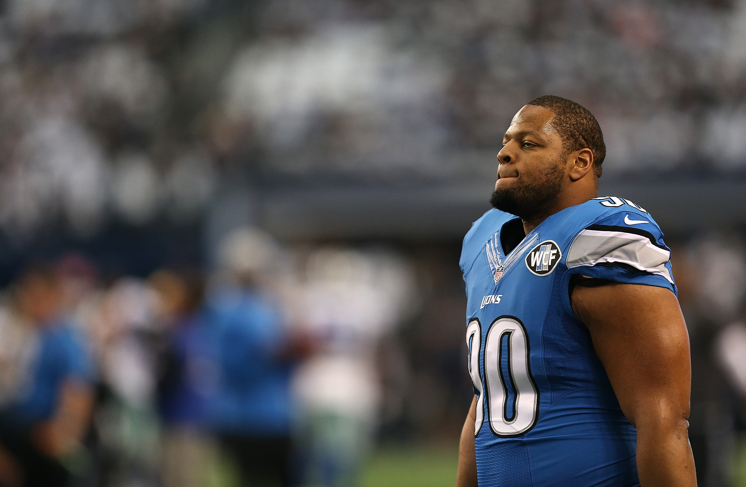 Detroit Lions defensive tackle Ndamukong Suh leaves press
