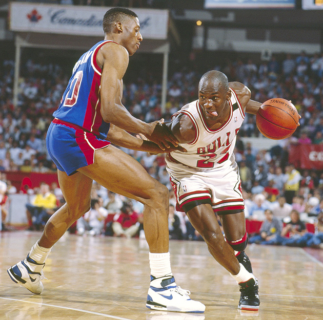 Michael Jordan set a record with seventh straight triple doubles in 1989.