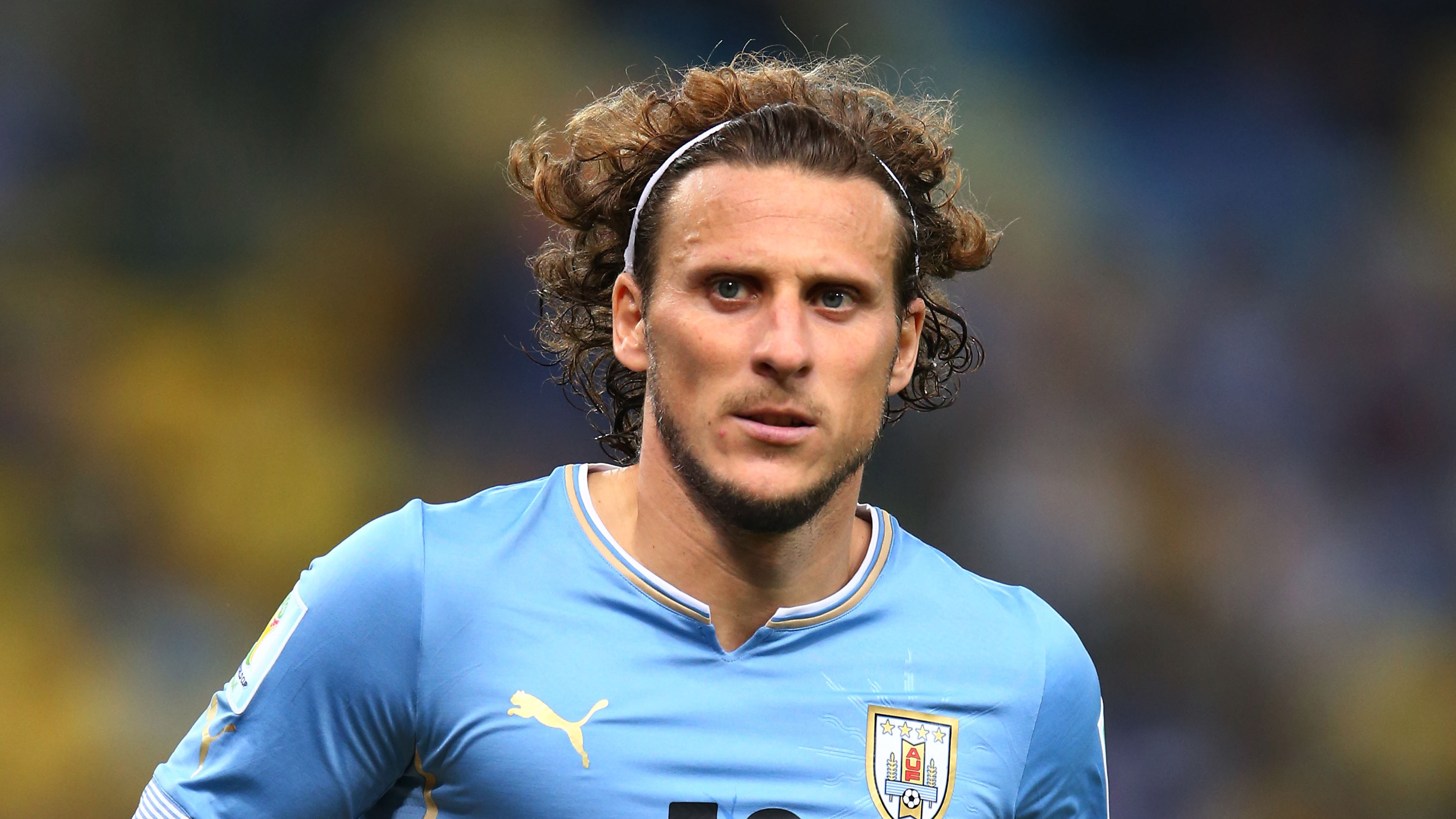 Diego Forlan Uruguay forward retires from international play