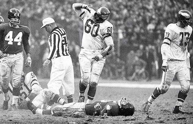 Chuck BEdnarik, Philadelphia Eagles and Frank Gifford, New York Giants