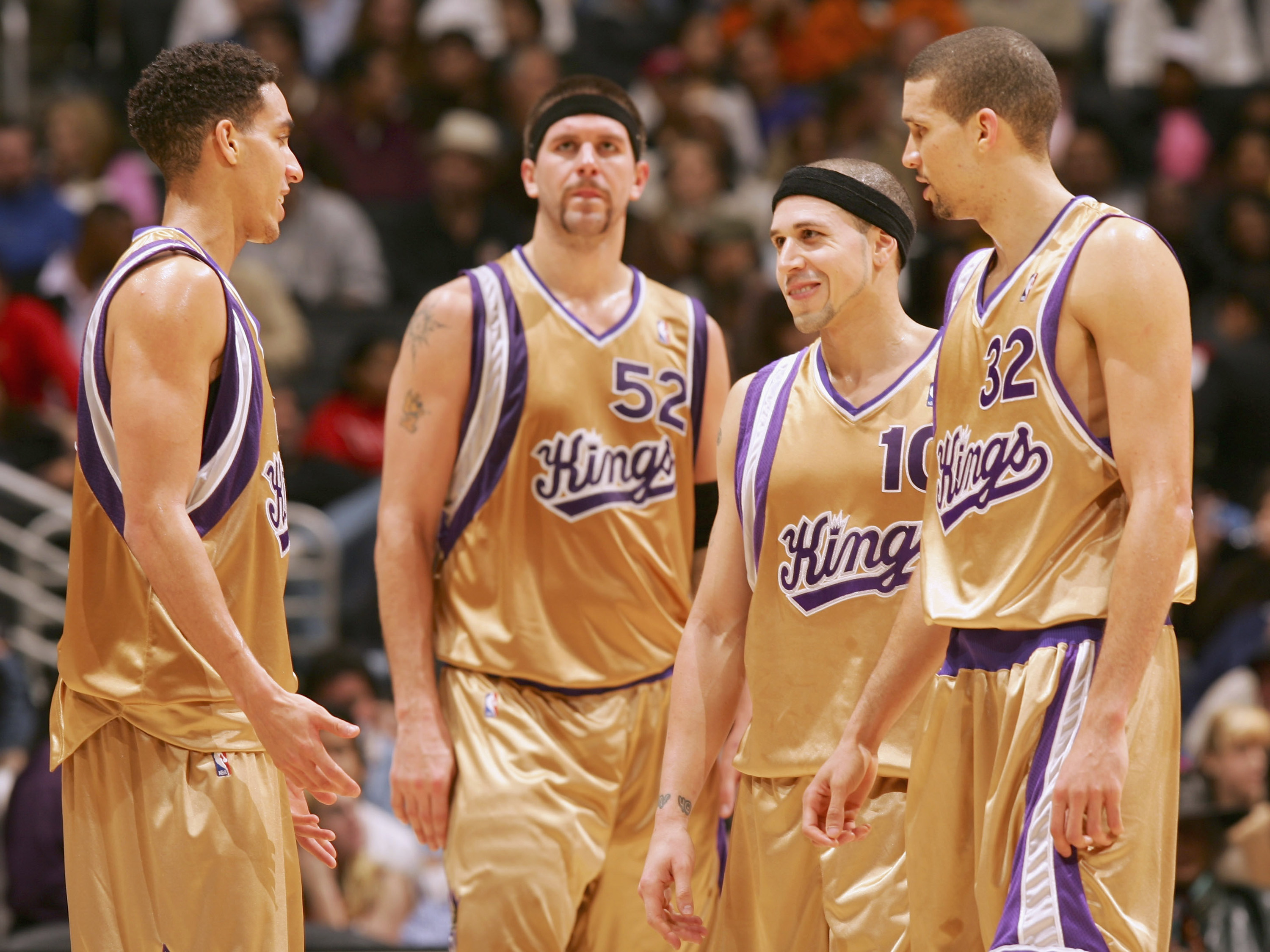This was not made for royalty. The liberal use of gold only makes these jerseys look tacky. These were alternate jerseys for a reason, and they only lasted two seasons before the Kings retired them.