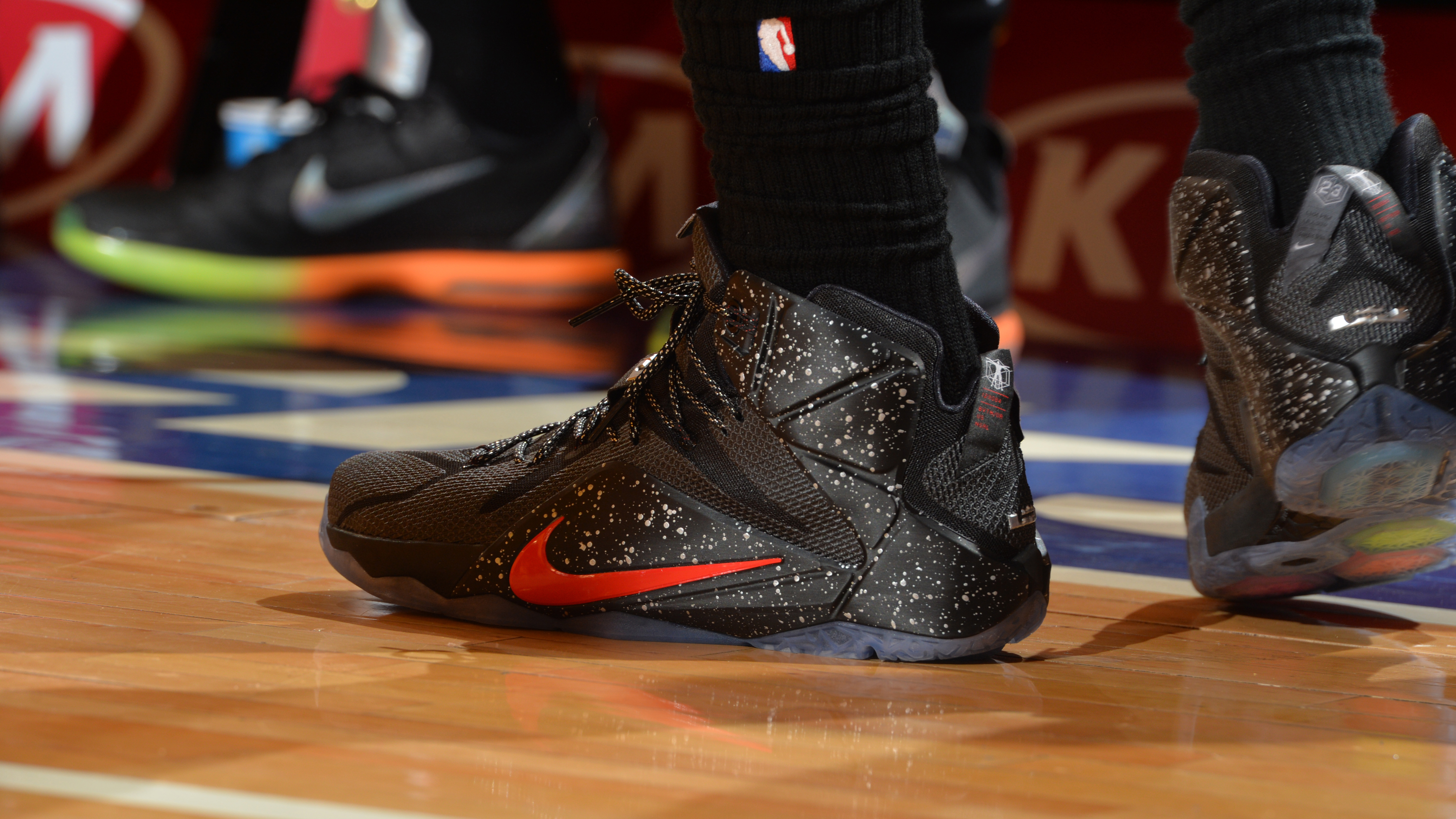 Nba Nike Shoes: Nike Close To Securing NBA Uniform, Apparel Deal From