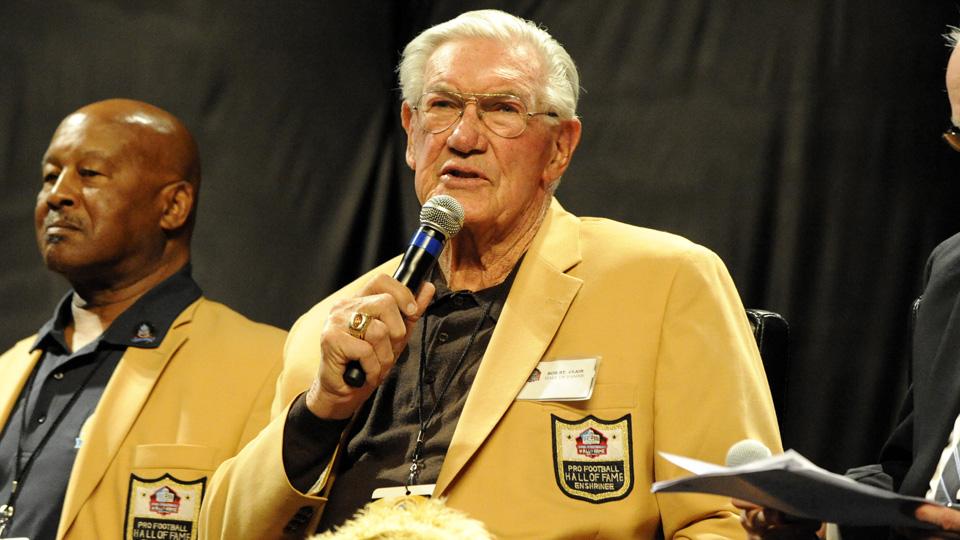 Bob St. Clair died at 84.