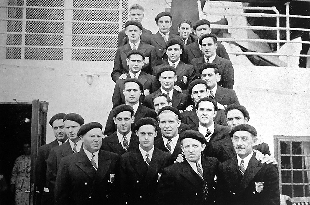 Controversy over U.S. participation in Berlin lasted until the aquatics team (with Kurtz and Wayne, second from left in first and second rows) sailed for Europe.