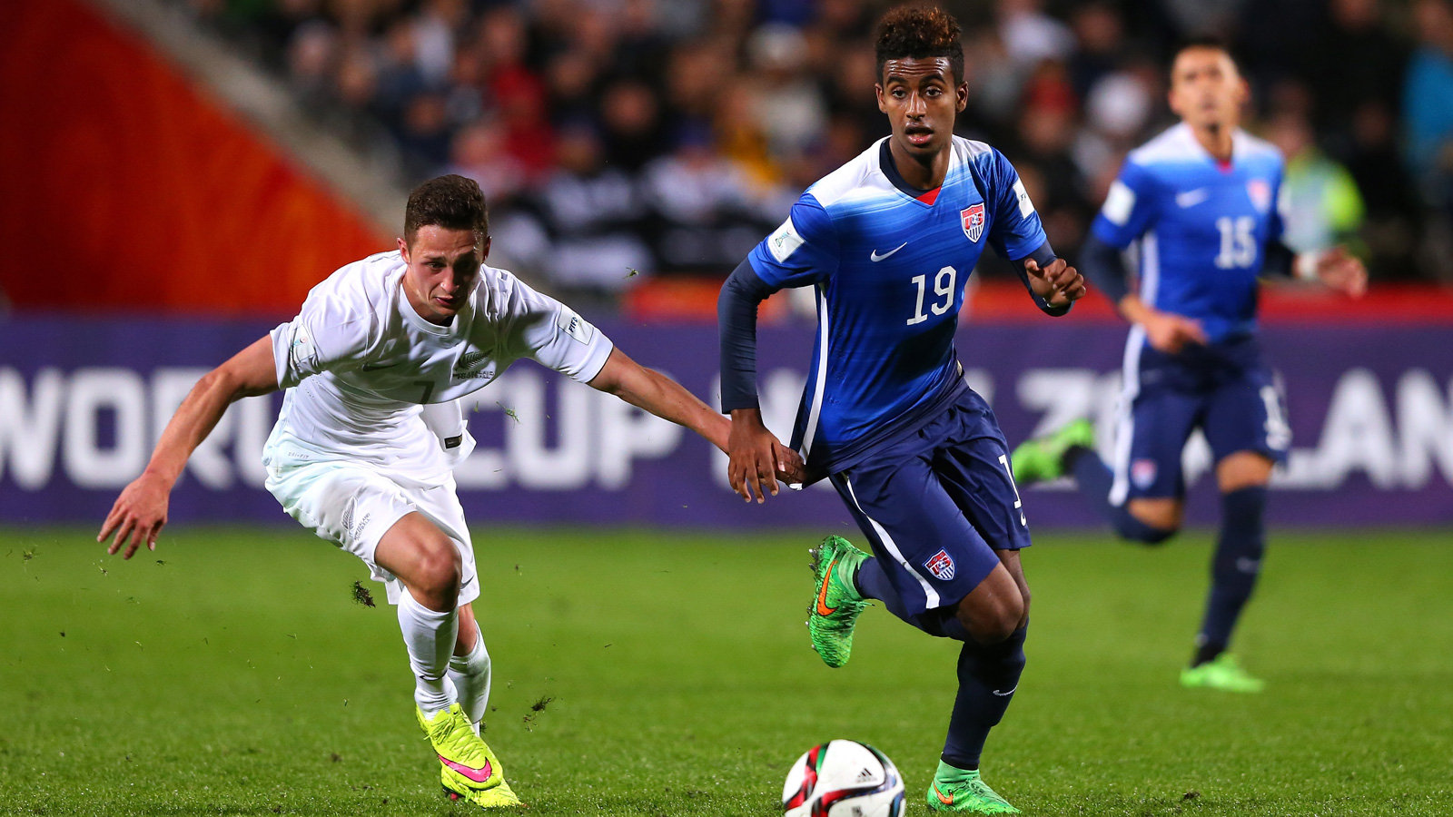 Gedion Zelalem controls the ball against New Zealand in the USA's 4-0 win that cemented a place in the U-20 World Cup knockout stage.