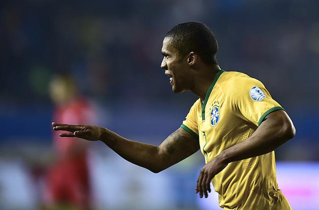 Brazil's Douglas Costa has moved from Shakhtar Donetsk to Bayern Munich