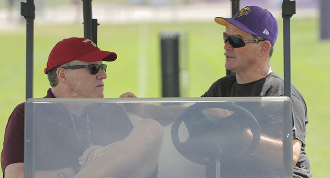 Peter Kings talks to Minnesota Vikings head coach Mike Zimmer