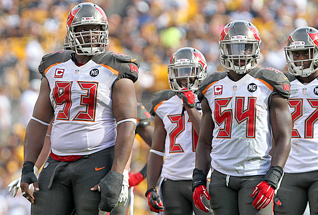 Gerald McCoy and Lavonte David: Two reasons for Bucs fans to smile. (Cliff Welch/Icon Sportswire)