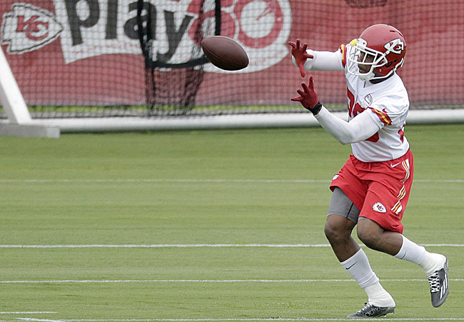 Eric Berry returns to Chiefs after battle with cancer