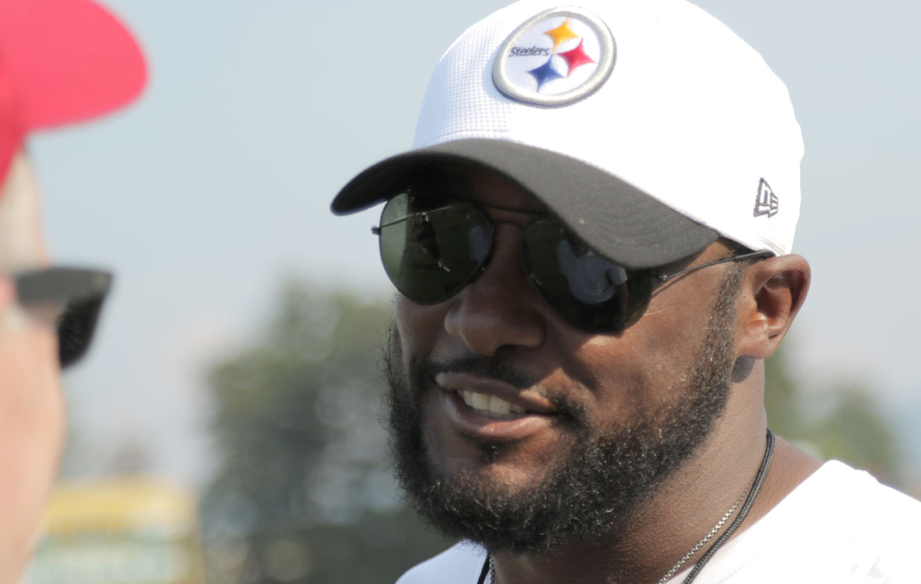 Tomlin's Steelers follow the same pattern as Baltimore, New England and Seattle: stable, consistent and focused. (Photo: John DePetro/The MMQB)