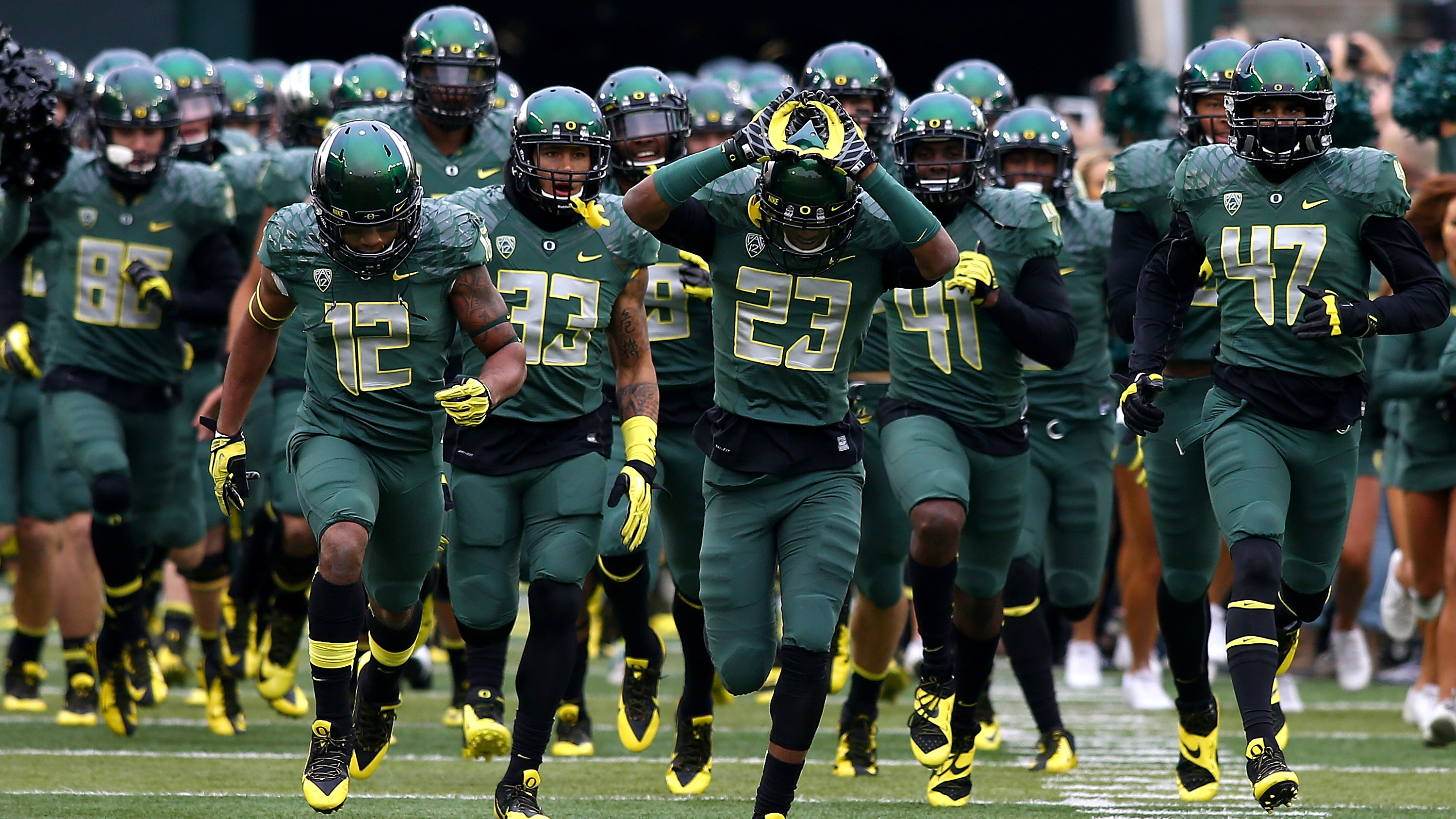 Oregon is known for its many uniform combinations.