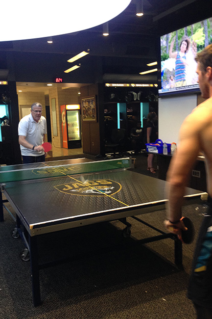 JACKSONVILLE, FLA. — Peter King challenged Jaguars receiver Bryan Walters to a game of ping pong. Peter lost 11-2 to Walters, who played him left-handed.