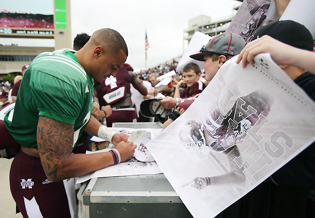 online retailer 546b8 f51d6 Mississippi State QB Dak Prescott adjusts to life as an SEC ...