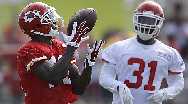 Jeremy Maclin gives the Chiefs a true No. 1 receiver. (Orlin Wagner/AP)