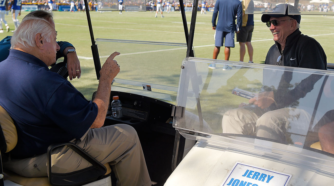 Tommy Lasorda and Jerry Jones (Mark J. Terrill/AP)