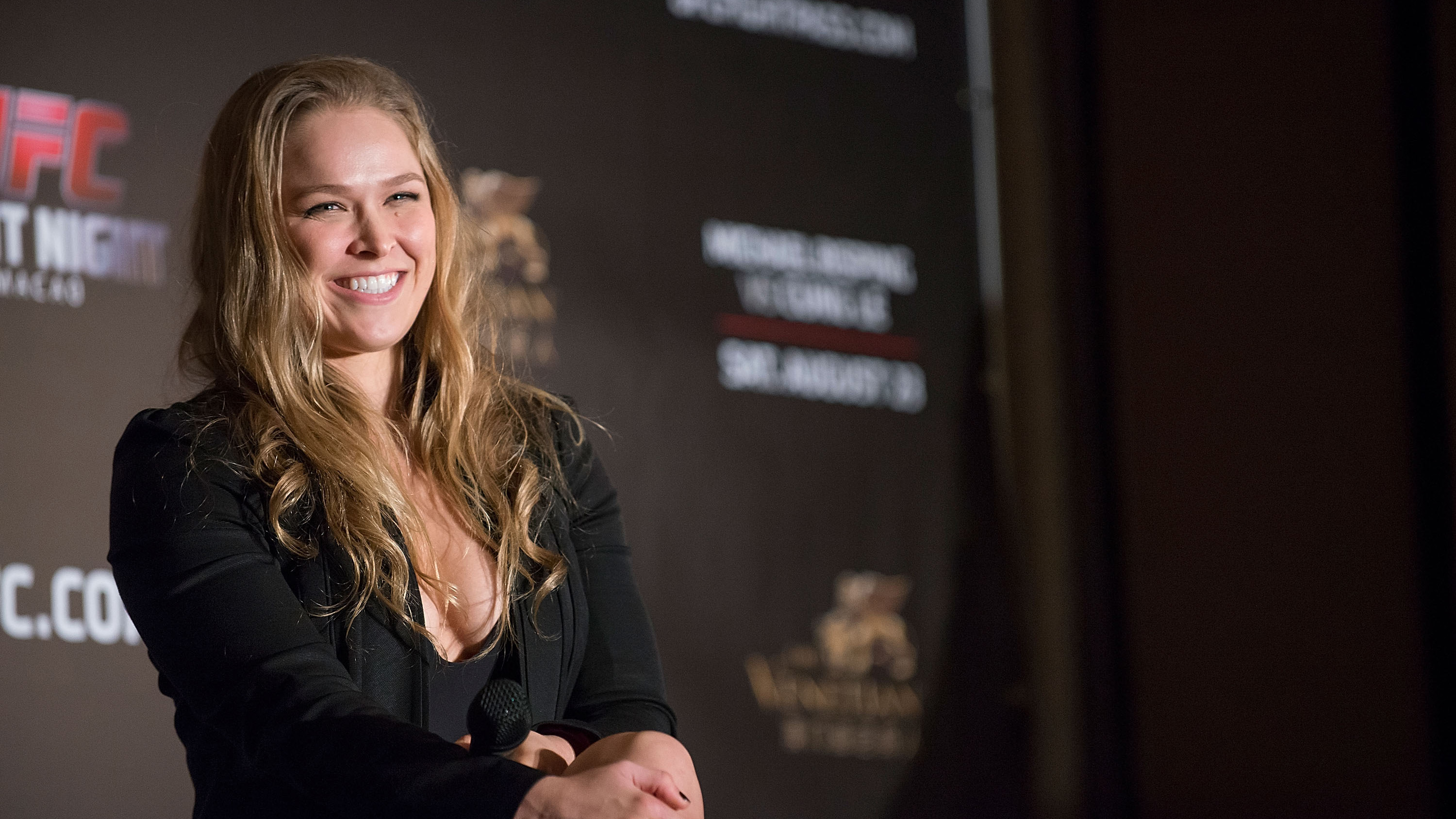 VIDEO   Road House Remake: Ronda Rousey To Star As Patrick Swayzeu0027s  Character In Film   SI.com