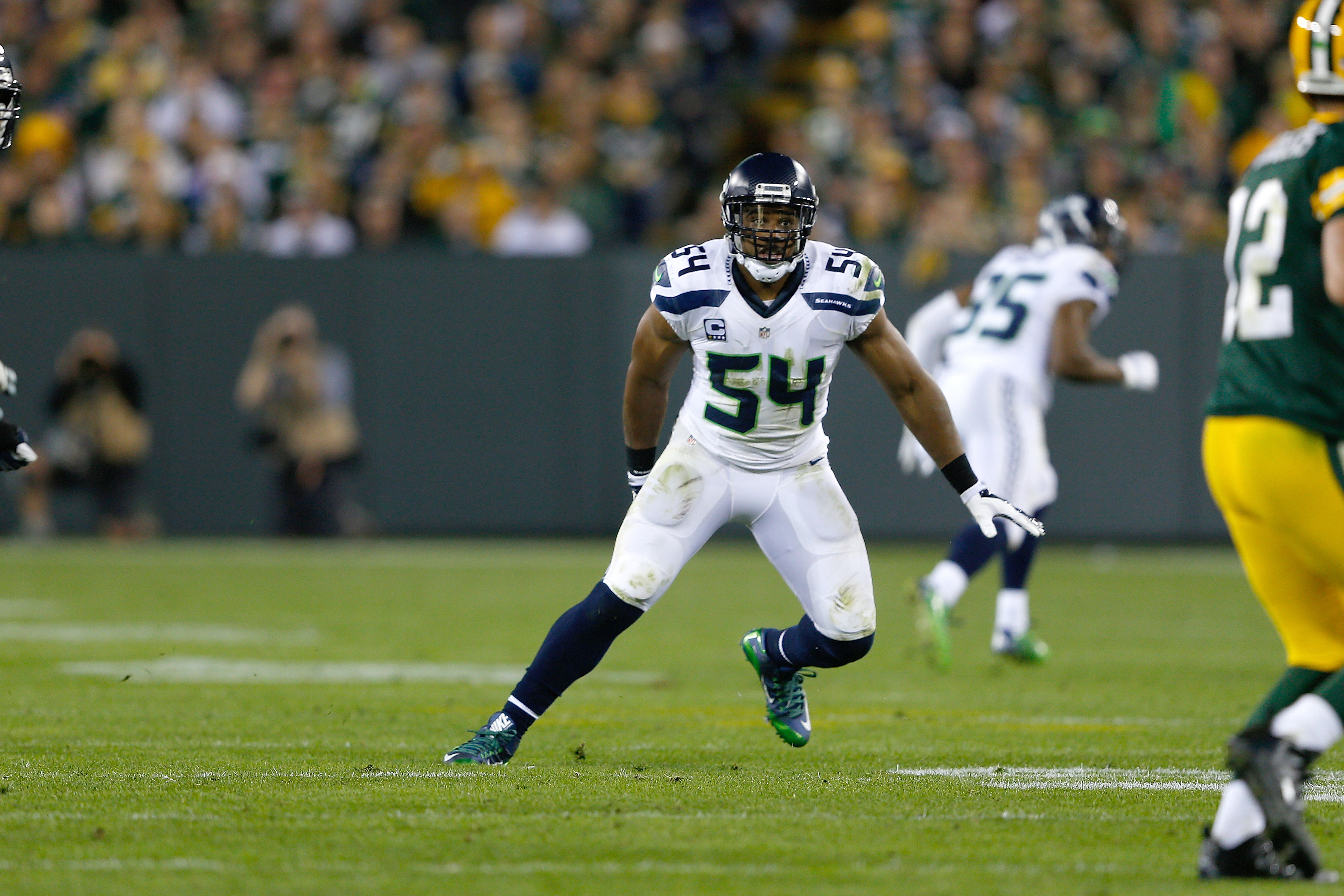Seattle Seahawks Bobby Wagner pectoral strain out indefinitely
