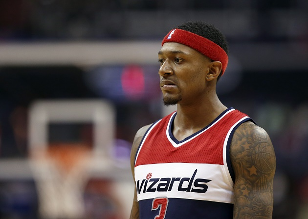 The Washington Wizards likely will wait to make a contract decision on Bradley Beal until Kevin Durant decides his fate