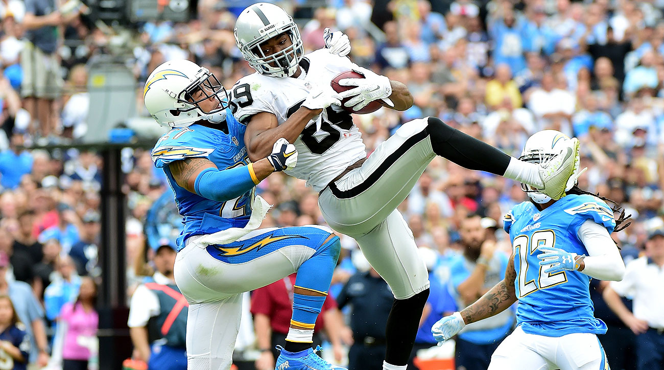 Amari Cooper had 133 yards Sunday, his third 100-yard day in six games as a rookie.