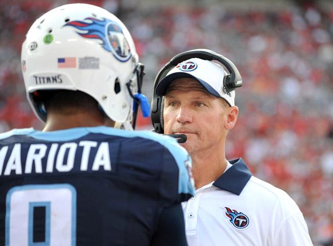 Coach Ken Whisenhunt and QB Marcus Mariota of the Titans.
