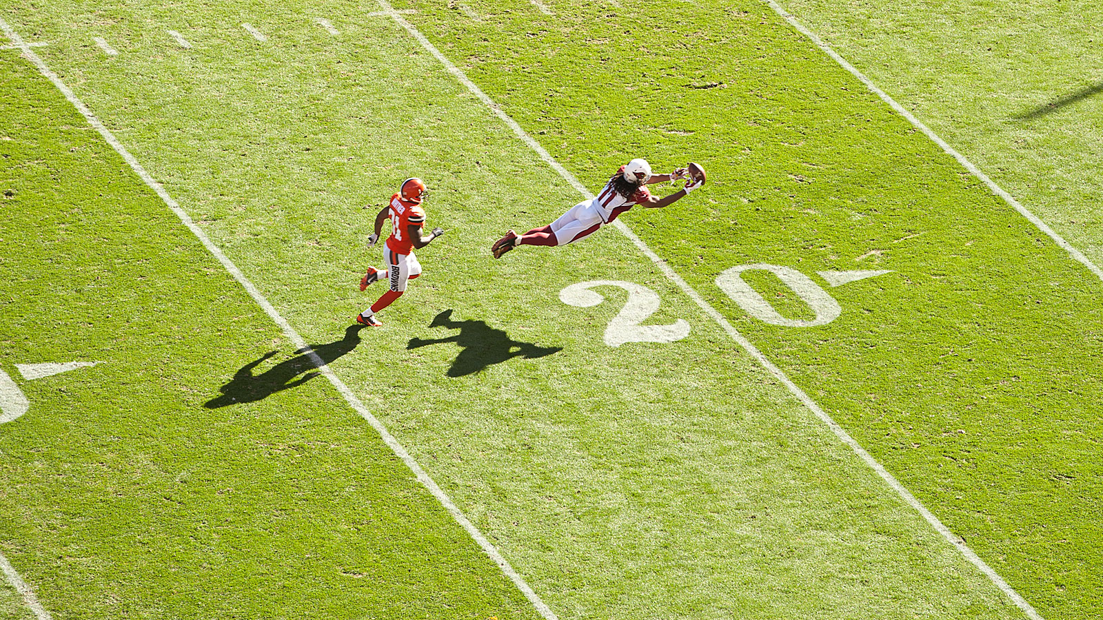 Larry Fitzgerald goes all on on the Home Run ball against the Browns.