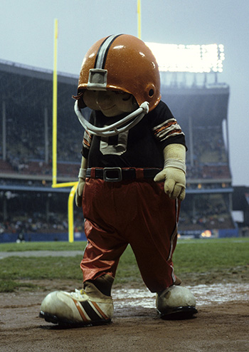 Browns mascot Huddles