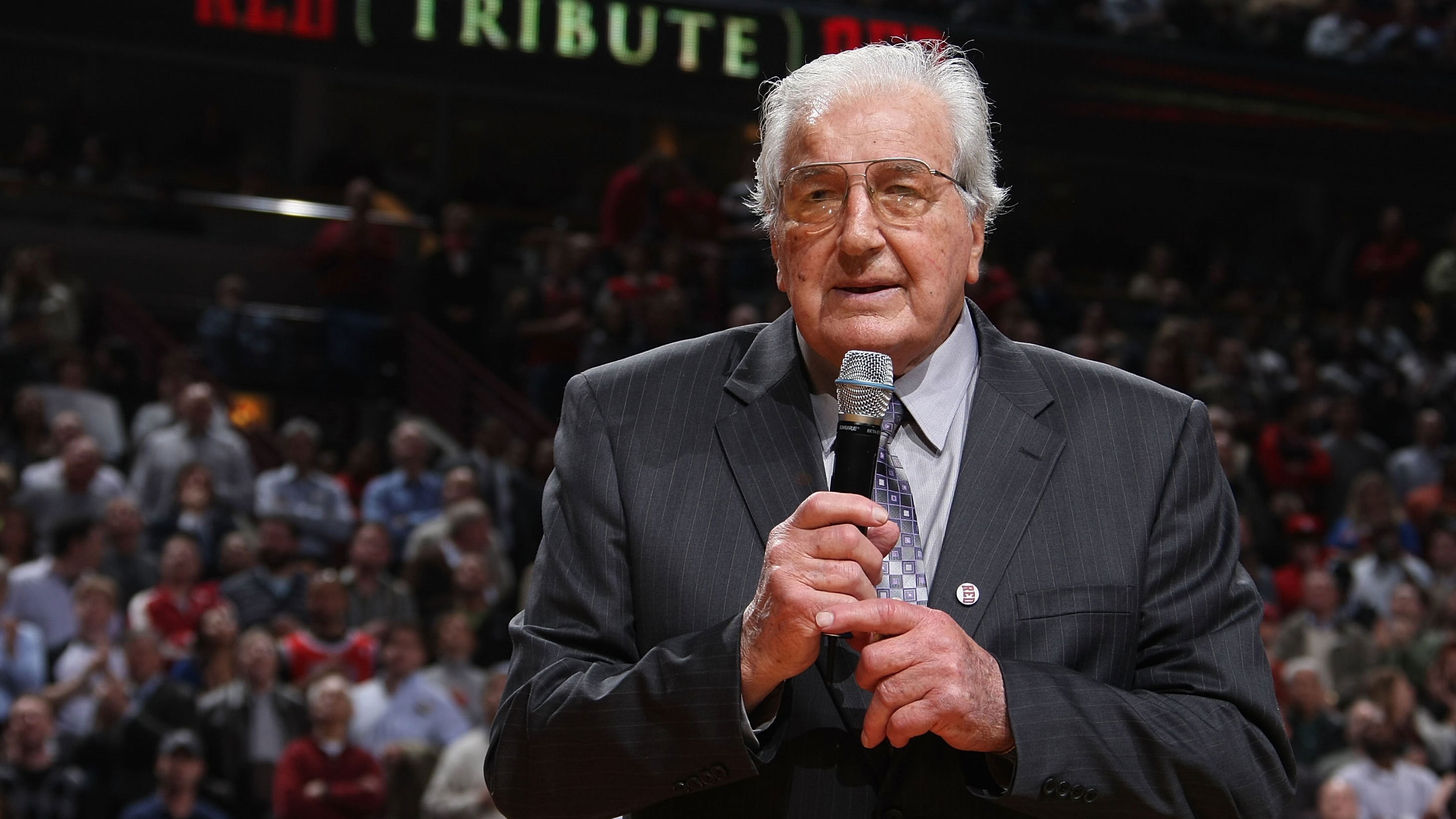 Dolph Schayes NBA Hall of Famer s at age 87