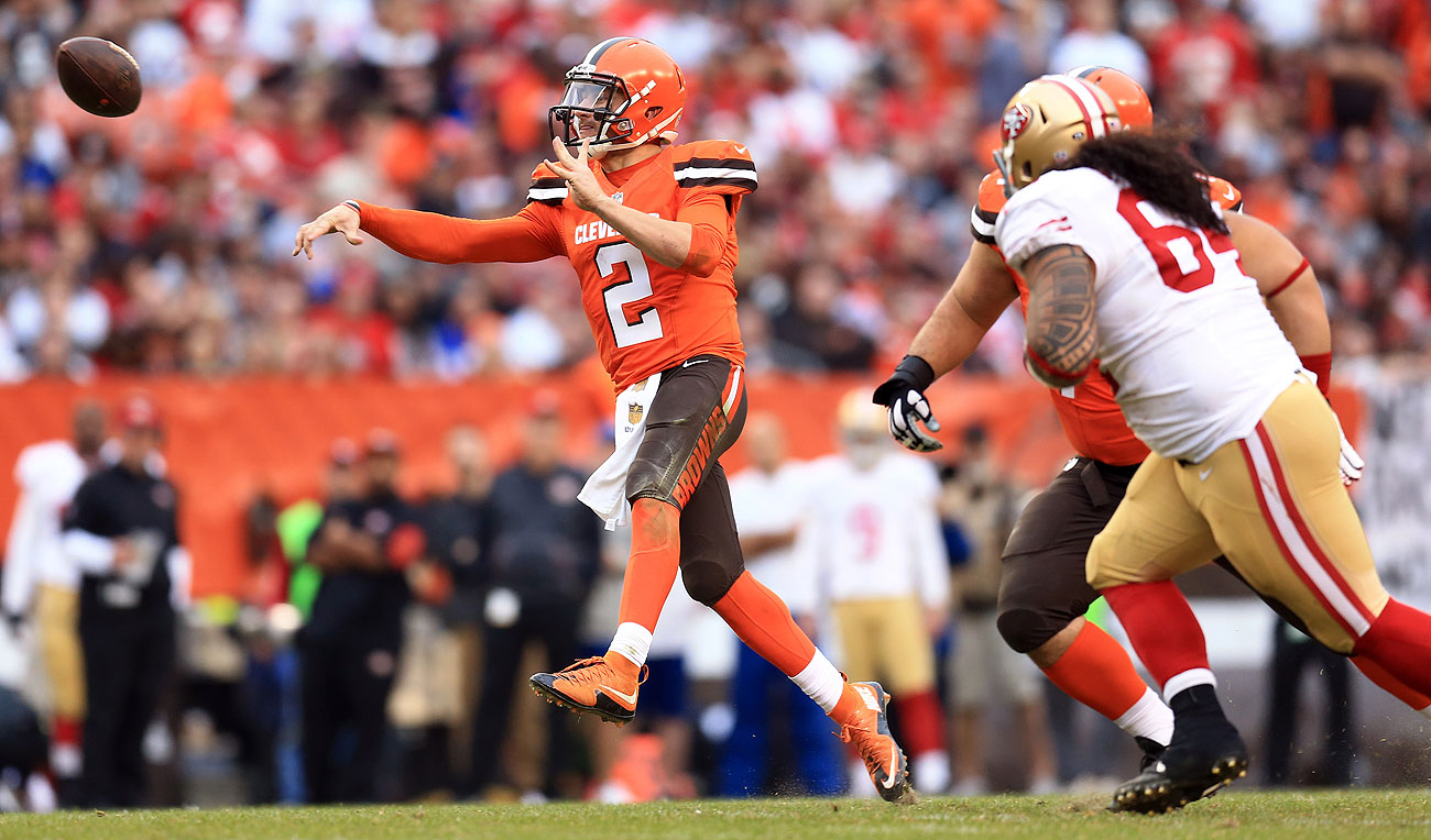 Johnny Manziel threw for 270 yards and a touchdown as the Browns beat the Niners.