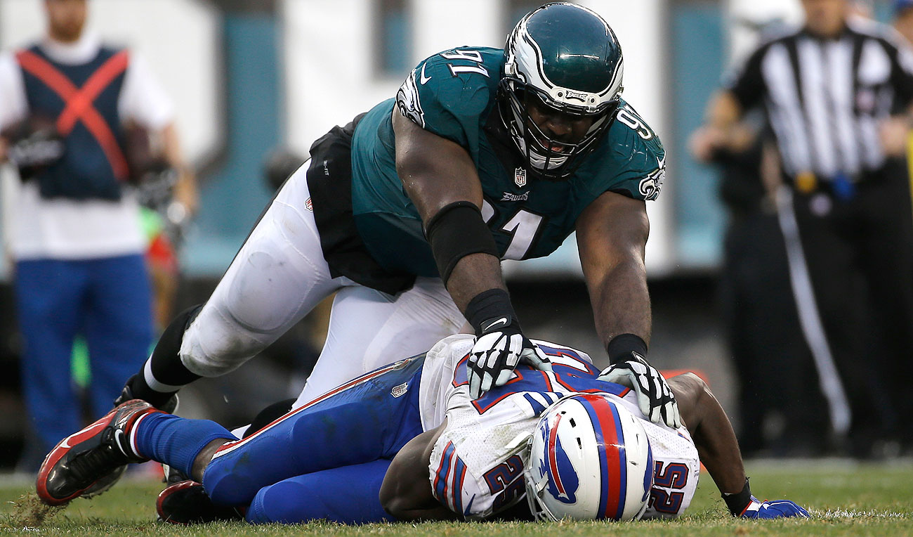 Fletcher Cox and the Eagles made sure LeSean McCoy's return to Philadelphia was not enjoyable.