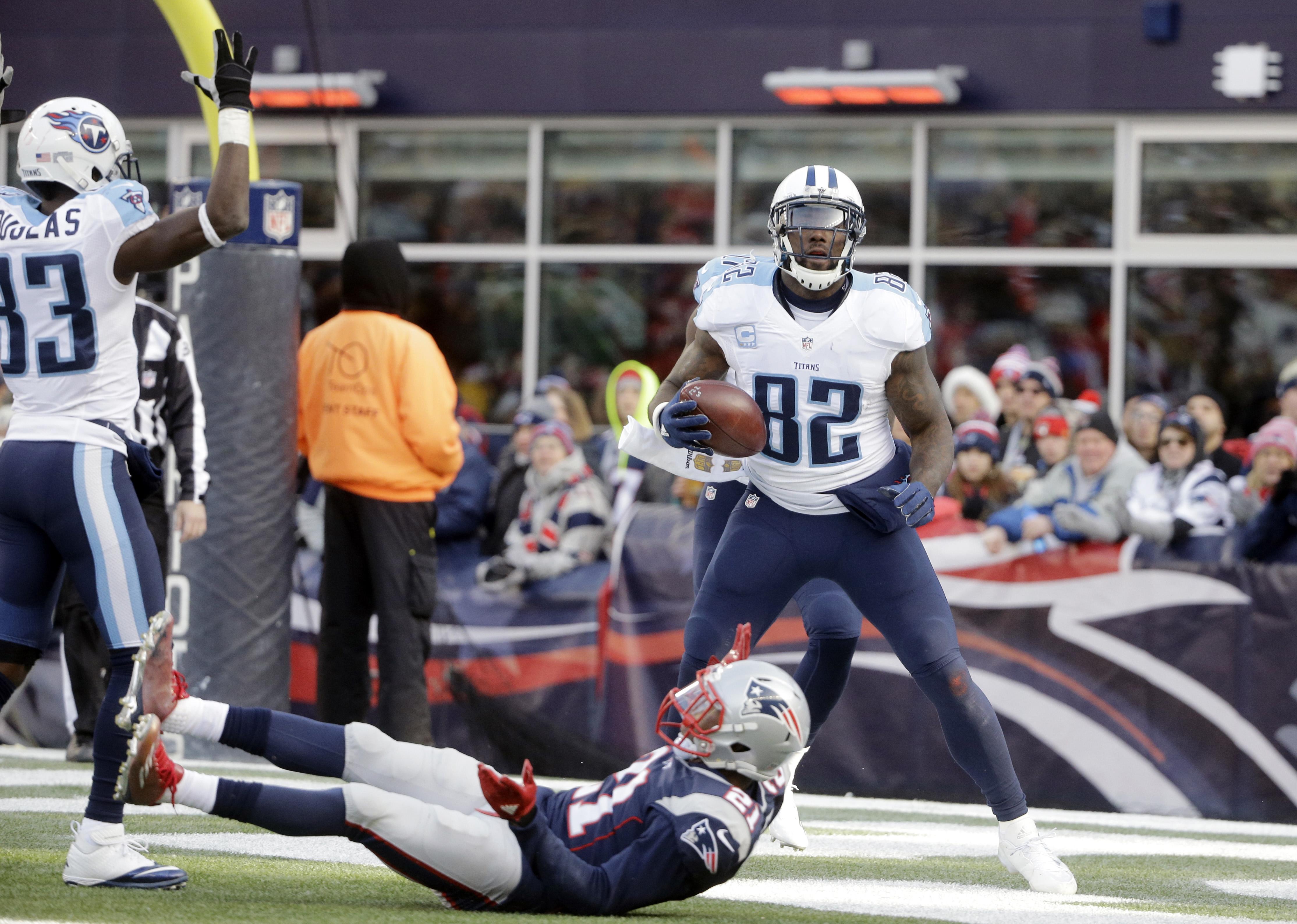 Video Delanie Walker scores 57 yard TD against Patriots