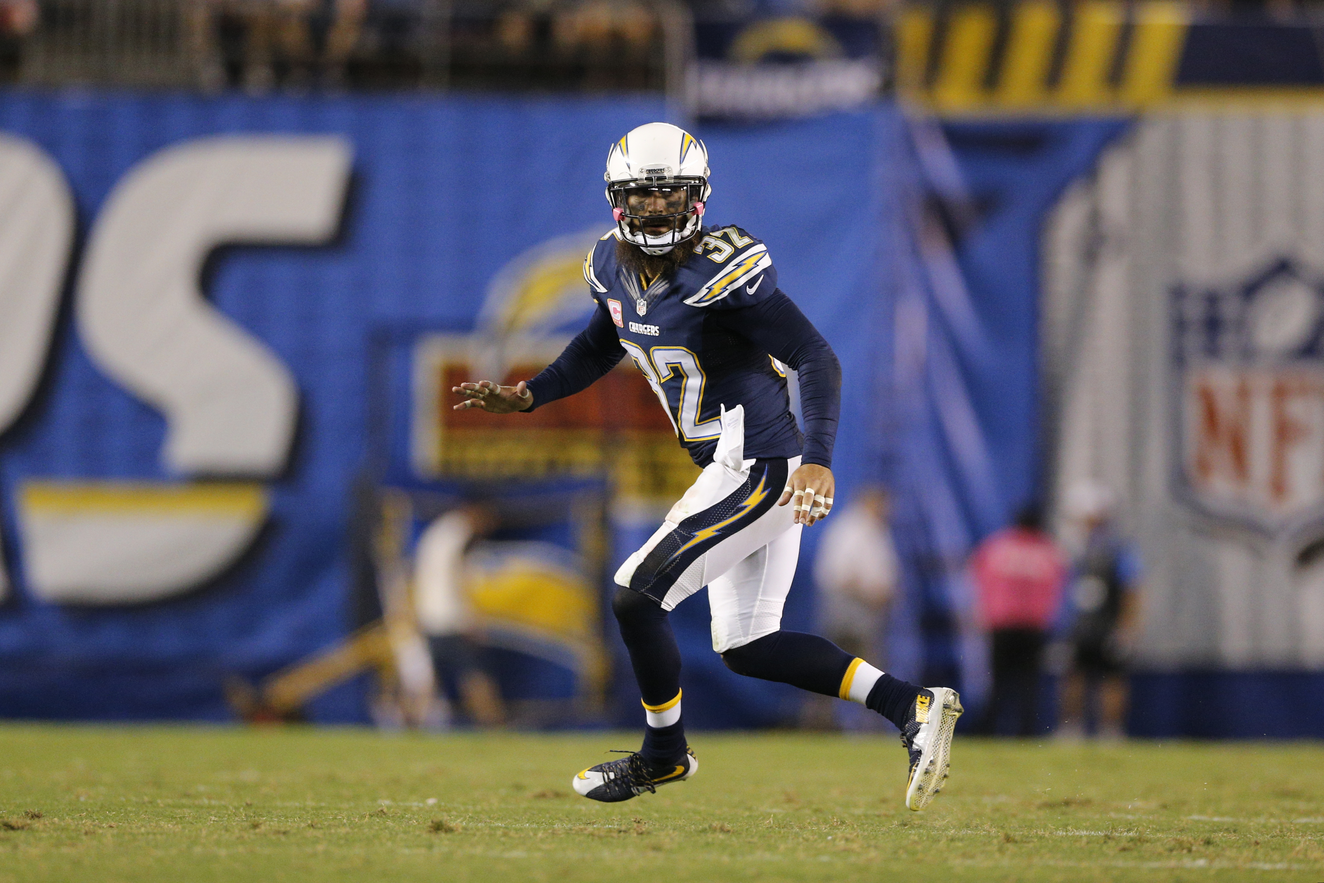 San Diego Chargers S Eric Weddle places on injured reserve
