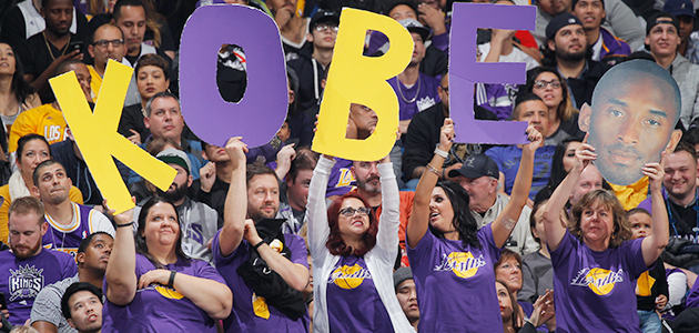 Los Angeles Lakers Sacramento Kings Kobe Bryant crowd