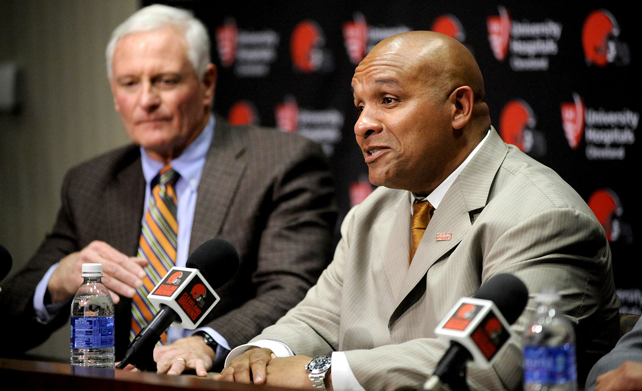 Browns owner Jimmy Haslam moved quickly to hire Hue Jackson as head coach.