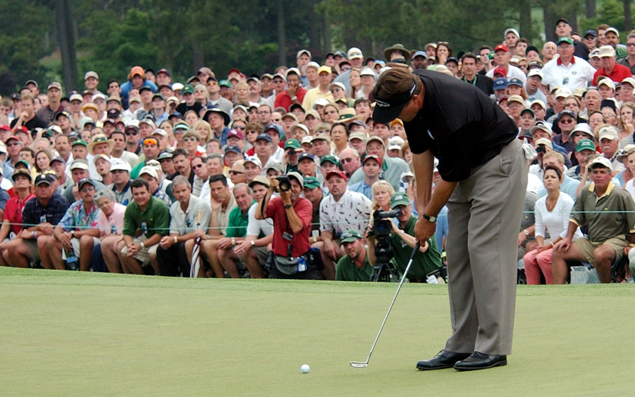 phil-mickelson-2004-masters-putt