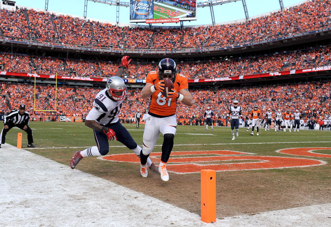 Broncos tight end Owen Daniels catches his second touchdown in the AFC Championship Game.