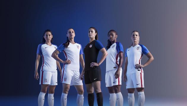 buy online b8169 40ac4 U.S. Soccer reveals new USMNT, USWNT uniforms | SI.com