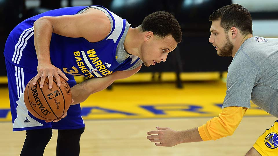 warriors practices  more than hoops for stephen curry and