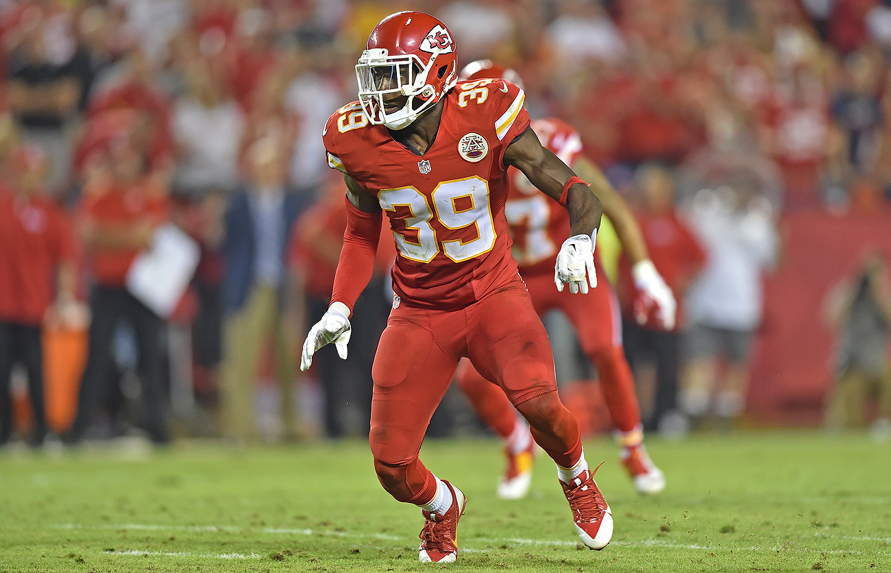 Husain Abdullah, who started 19 games for the Chiefs the past two seasons, cited personal health as the biggest reason why he is retiring from the NFL at age 30.