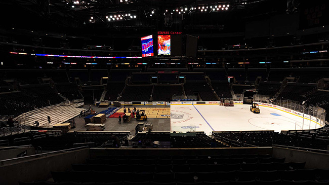 How The Staples Center Swaps Rinks For Courts Si Kids