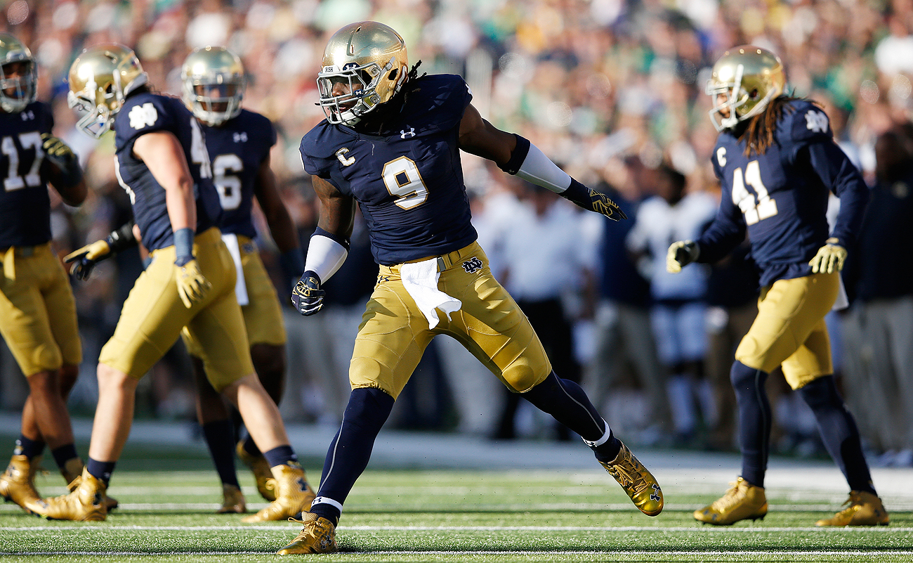 A devastating knee injury took Notre Dame linebacker Jaylon Smith from Top 5 prospect to Day 3 consideration.
