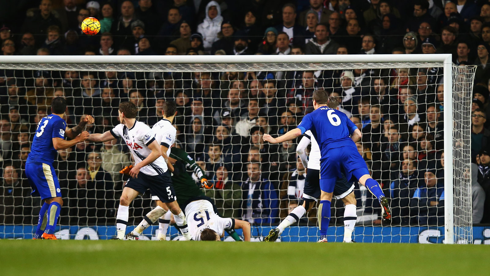 Defender Robert Huth's perfect 83rd-minute header from Christian Fuchs's corner–his first goal since last April–gave Leicester a 1-0 win over Tottenham at White Hart Lane, snapping a three-game winless run.