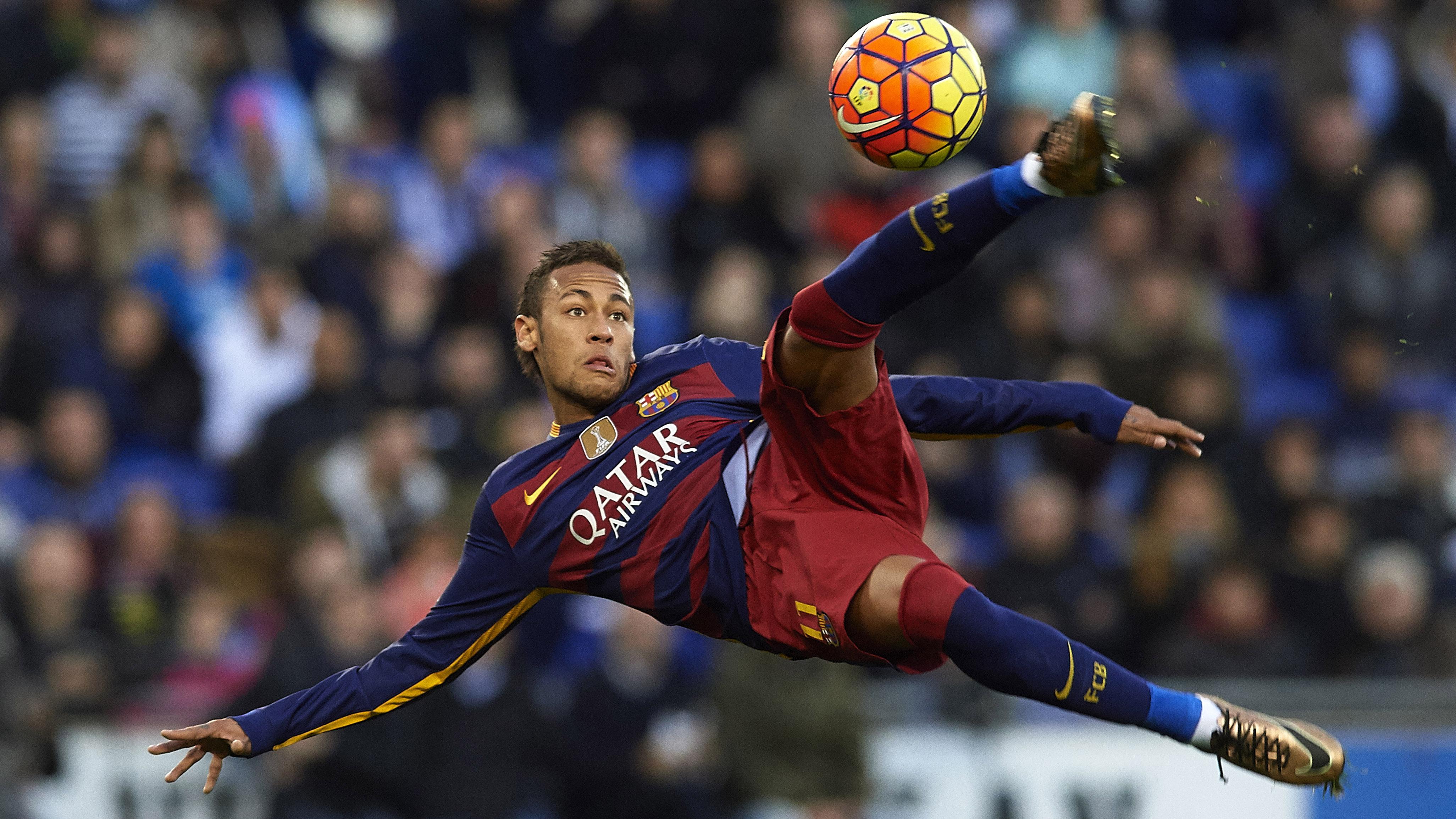 Justin Bieber: Neymar plays soccer with pop star | SI.comNeymar Playing Soccer 2014